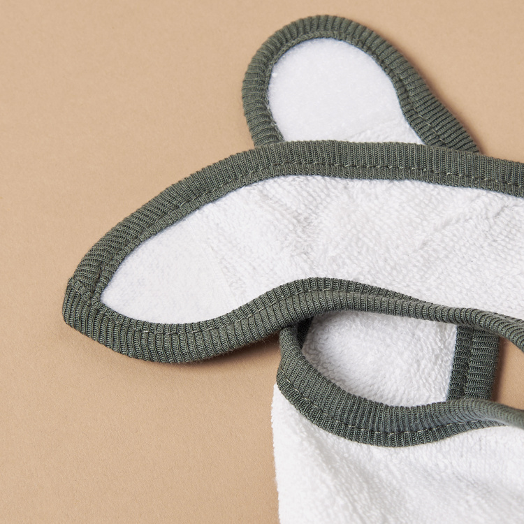 Jollein Textured Bib with Hook and Loop Closure