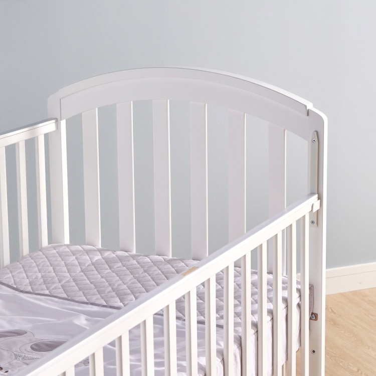 Juniors Capri Baby Crib