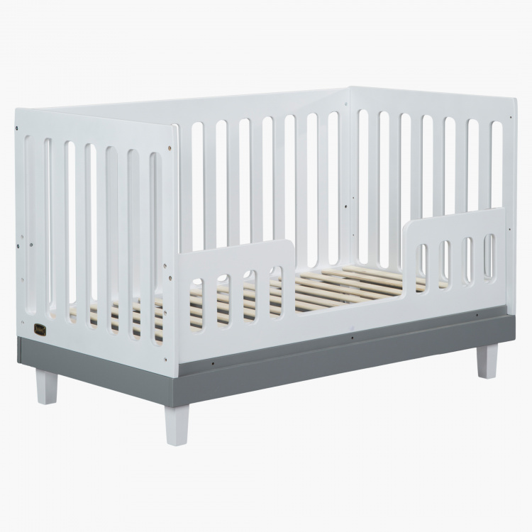 Juniors 3 in 1 Madison Wooden Baby Crib