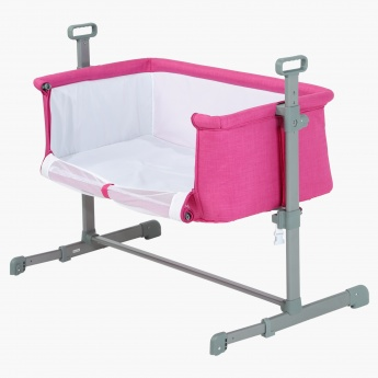 Juniors Peyton Side Bassinet