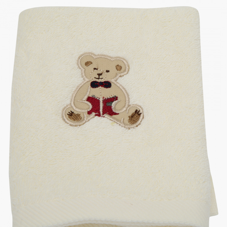 Juniors Applique Detail Towel - 30x30 cms
