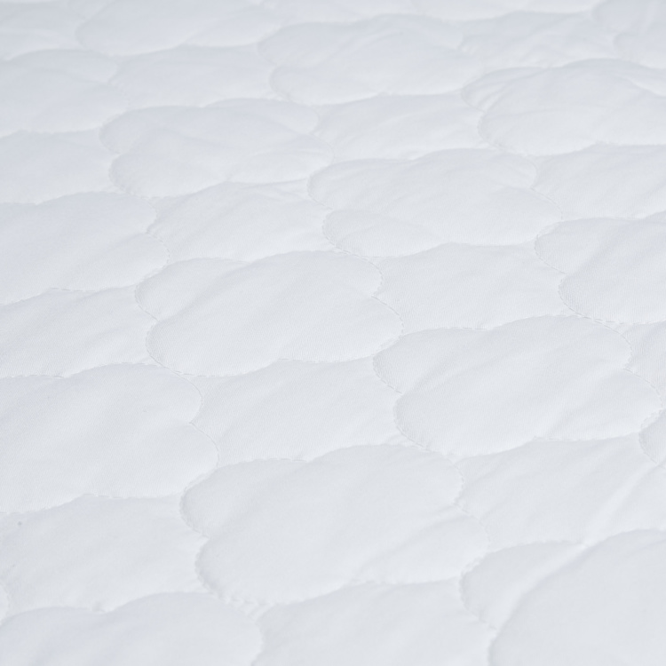 Giggles Quilted Fitted Sheet - 70x130x20 cms