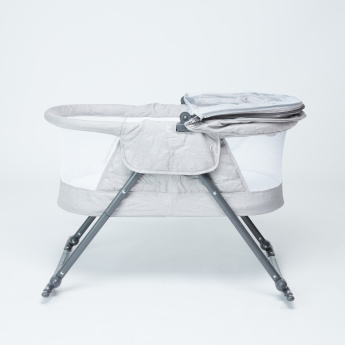 Juniors 2-in-1 Bassinet