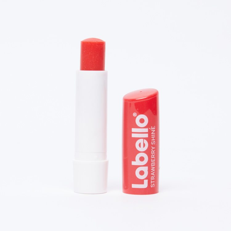 Labello Strawberry Shine