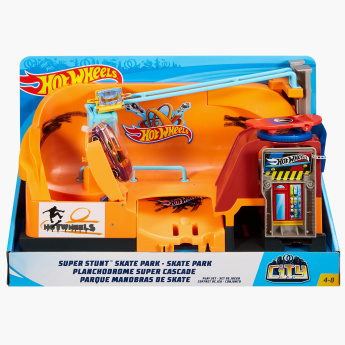 Hot Wheels Super Spin Tire Shop Playset