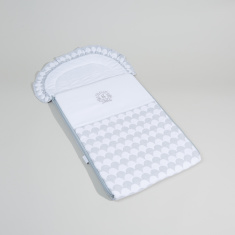 Giggles Padded Nest Bag with Zip Closure