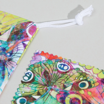 Juniors Graphic Printed Pouch and Cleaning Cloth for Spectacles