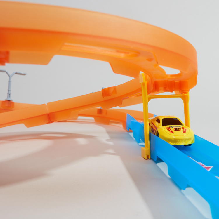 Juniors Super Racer Track Playset with 1 Pull Back Car