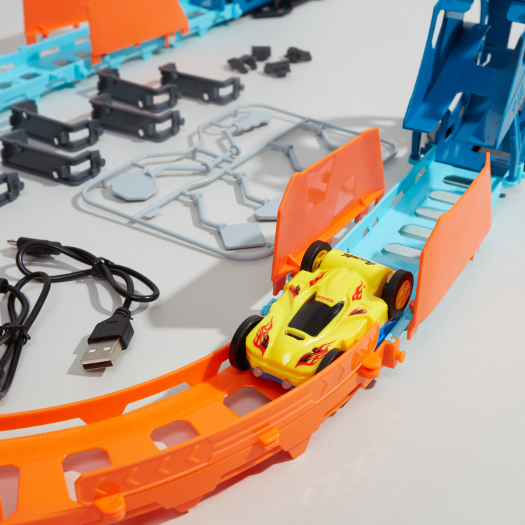 Super Racer 32-Piece Track with Tumbling Car