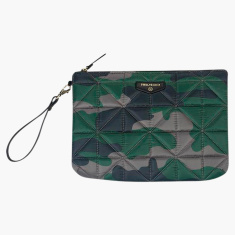 TWELVElittle Camouflage Print Quilted Pouch Diaper Bag