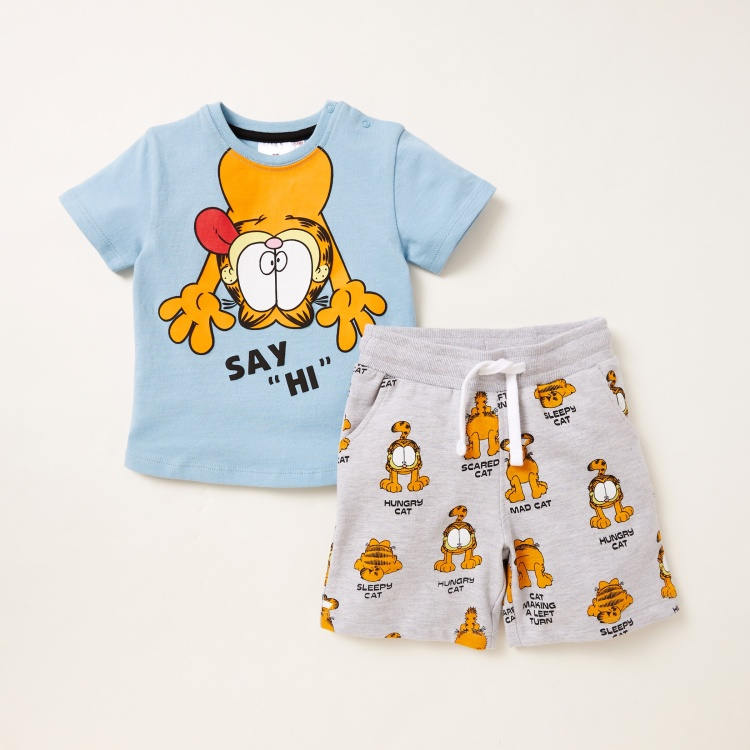 Garfield Graphic Print T-shirt with Pocket Detail Shorts