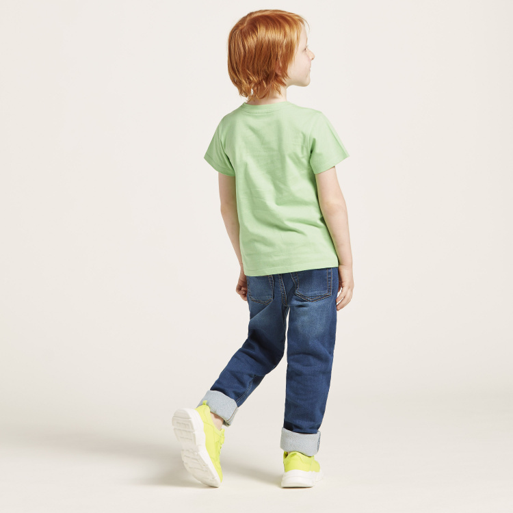 Juniors Solid Jeans with Pockets and Button Closure