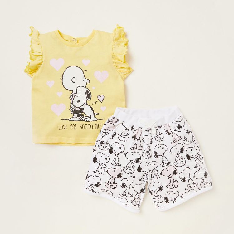Peanuts Graphic Print T-shirt with All-Over Print Shorts Set