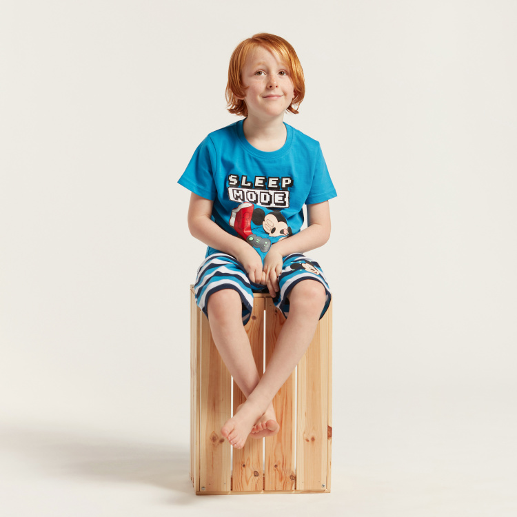 Mickey Mouse Print Round Neck T-shirt and Bermuda Shorts Set