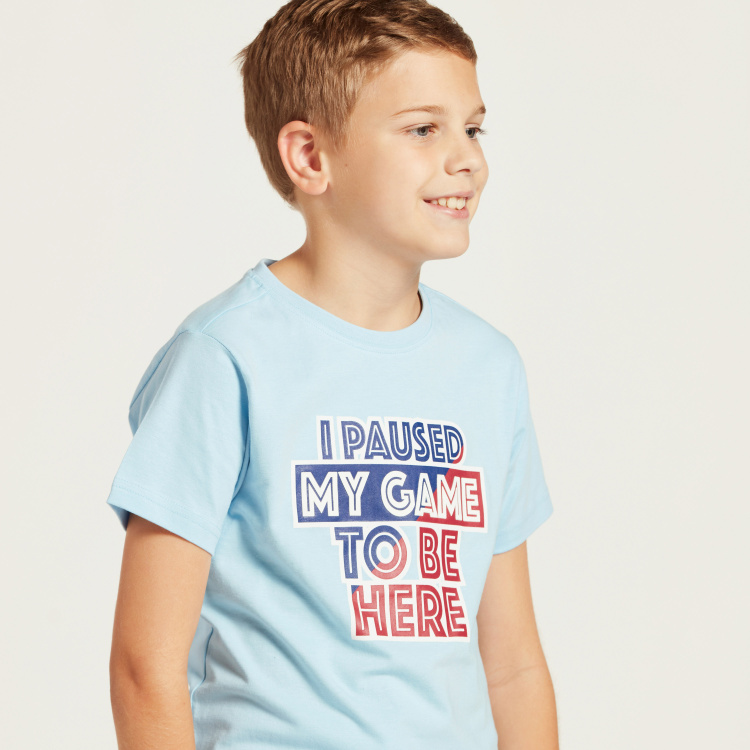 Juniors Graphic Print T-shirt with Round Neck and Short Sleeves