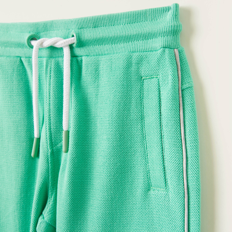Juniors Solid Shorts with Elasticised Drawstring and Pockets