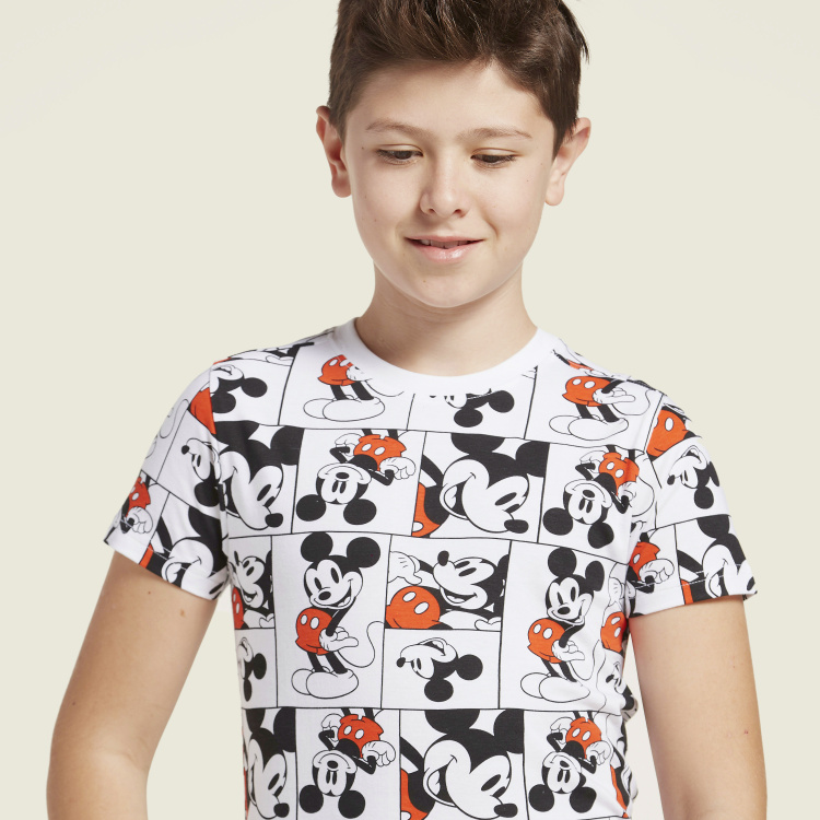 Disney Mickey Mouse Print T-shirt with Short Sleeves