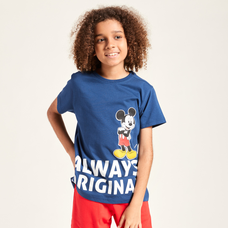 Disney Mickey Mouse Print Round Neck T-shirt with Short Sleeves