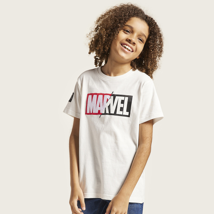 Marvel Graphic Print T-shirt with Round Neck and Short Sleeves