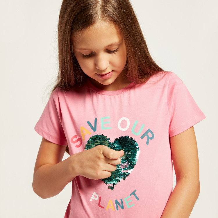 Juniors Printed T-shirt with Sequin Detail and Short Sleeves
