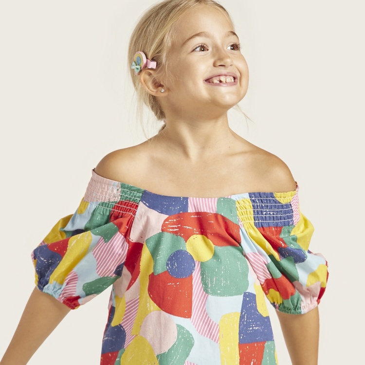 Juniors Abstract Print Off Shoulder Top with Short Sleeves