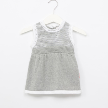 Juniors Textured Sleeveless Dress