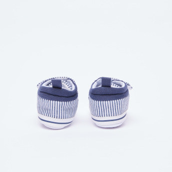 Juniors Striped Shoes with Hook and Loop Closure