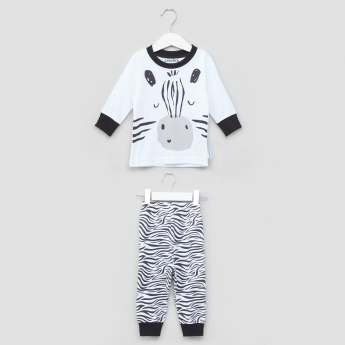 Juniors Printed Long Sleeves T-Shirt with Full Length Jog Pants
