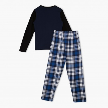 Juniors Printed T-shirt and Chequered Bottom Pyjama Set