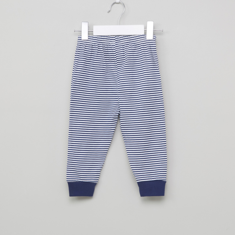 Juniors Printed Round Neck T-Shirt with Striped Jog Pants