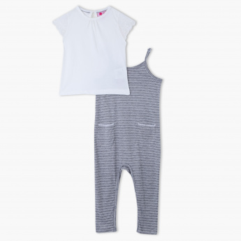 Juniors Round Neck T-Shirt and Printed Jumpsuit Set