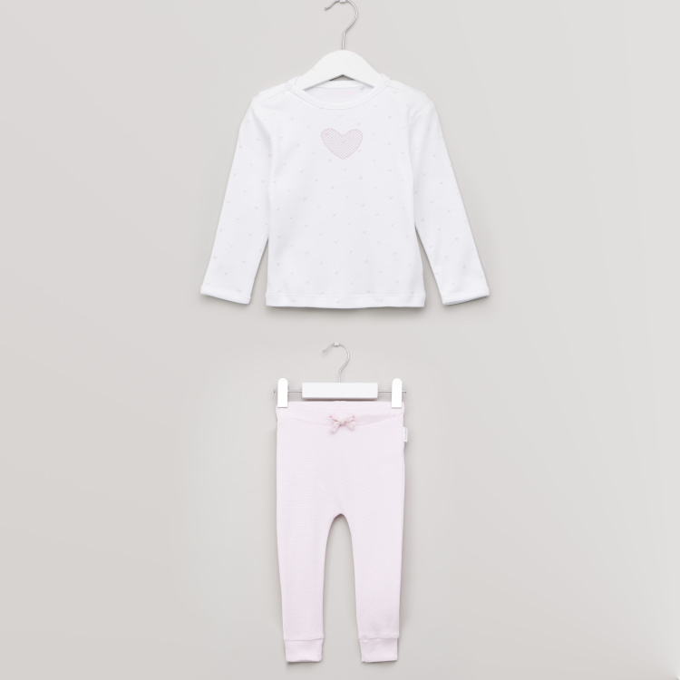 Juniors Heart Printed T-shirt with Full Length Jog Pants