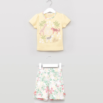Juniors Embroidered T-shirt with Floral Printed Shorts