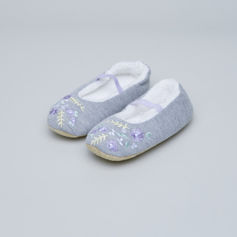 Juniors Floral Embroidered Shoes with Plush Lining