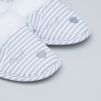 Juniors Striped Slides with Plush Detail