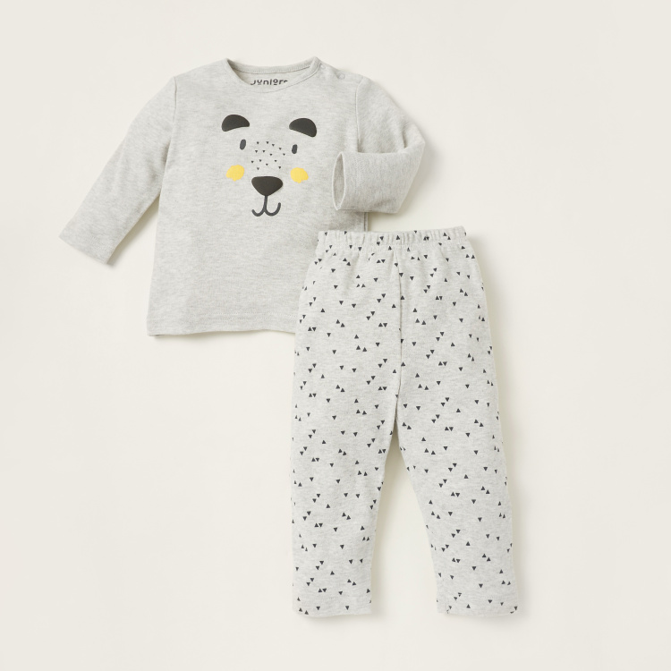 Juniors Textured T-shirt and Triangle Print Pyjama Set