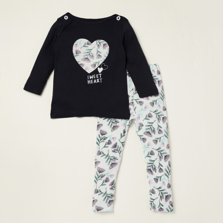 Juniors Printed T-shirt with Long Sleeves and Pyjama Set