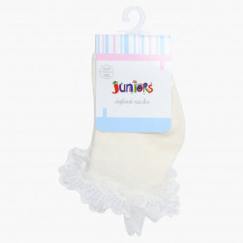Juniors Quarter Length Socks with Frill Detail