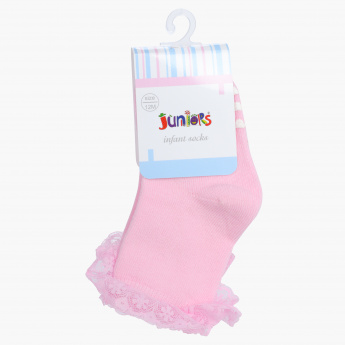 Juniors Embroidered Quarter Length Socks with Frill Detail