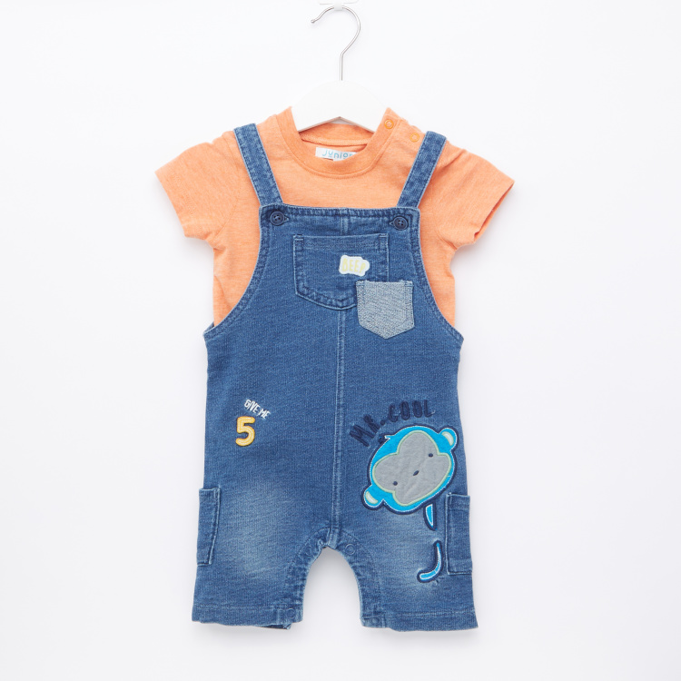 Juniors Short Sleeves T-Shirt with Embroidered Dungarees