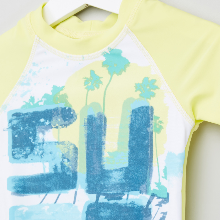 Juniors Printed Round Neck T-Shirt