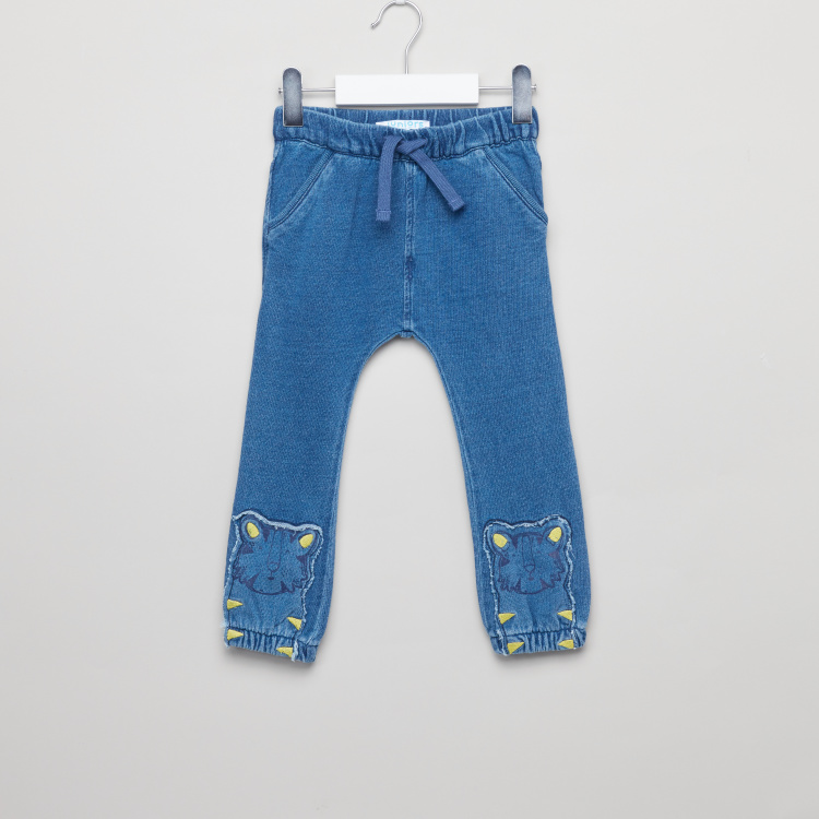 Juniors Textured Jog Pants with Applique Detail and Drawstring