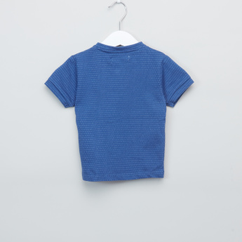 Juniors Textured Henley Neck T-Shirt with Pants
