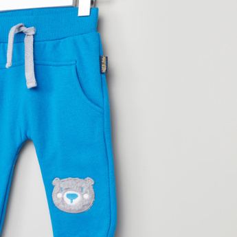 Juniors Joggers With Graphic Detail