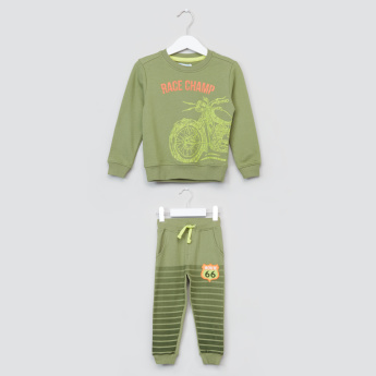 Juniors Printed Sweat Top and Jog Pants Set