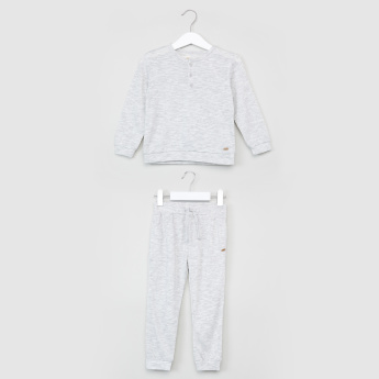 Eligo Henley Neck Long Sleeves T-Shirt with Jog Pants