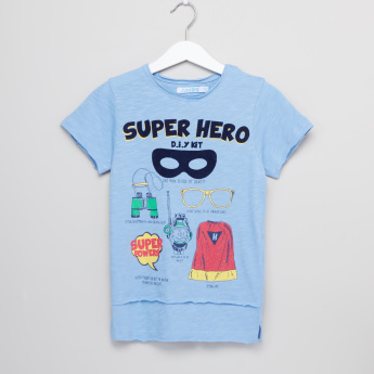 Juniors Superhero Printed Round Neck T-Shirt