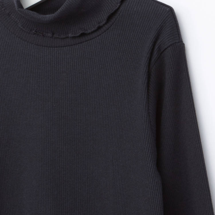 Juniors Ribbed Turtleneck Long Sleeves T-Shirt