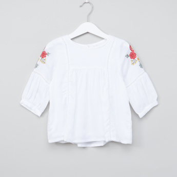 Juniors Embroidered 3/4 Sleeves Top