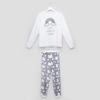 Juniors Embroidered T-Shirt with Printed Jog Pants